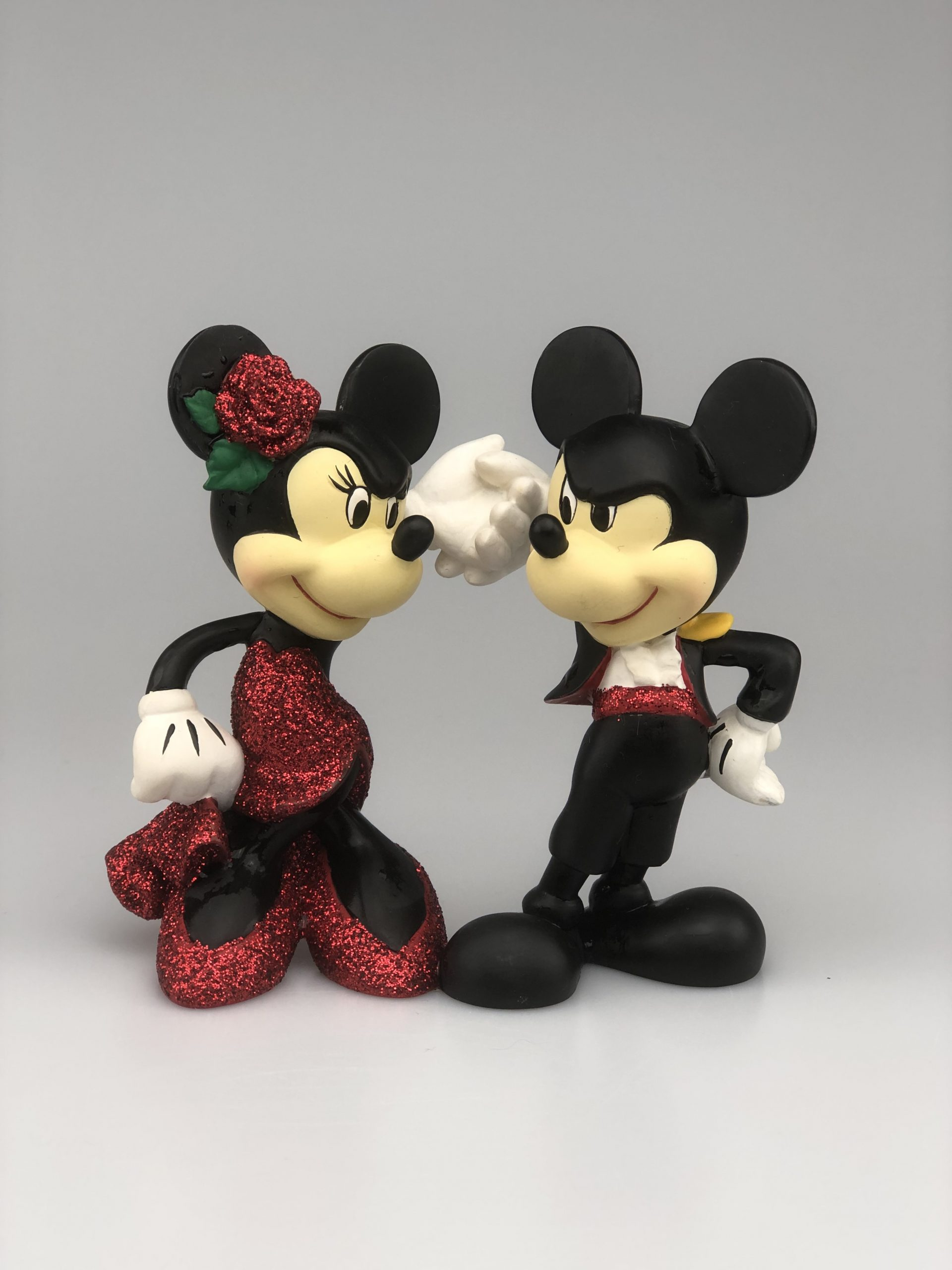 Beeldje Traditions Showcase Mickey & Minnie Paso Doble Handbeschilderd